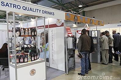Si quisiera hacer una máquina vending, a quién se debe contratar